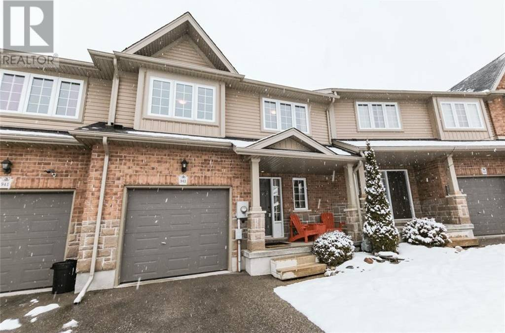 Townhouse for sale at 943 Zeller Cres Kitchener Ontario - MLS: 30793340