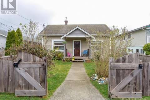 House for sale at 944 3rd St Courtenay British Columbia - MLS: 452882