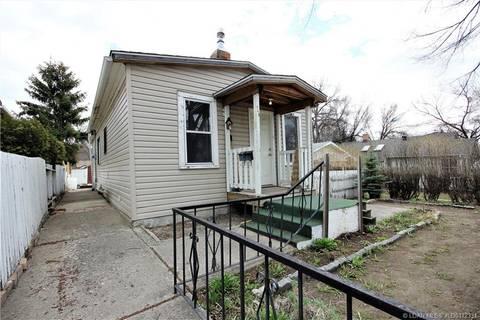 House for sale at 945 9 St S Lethbridge Alberta - MLS: LD0172331