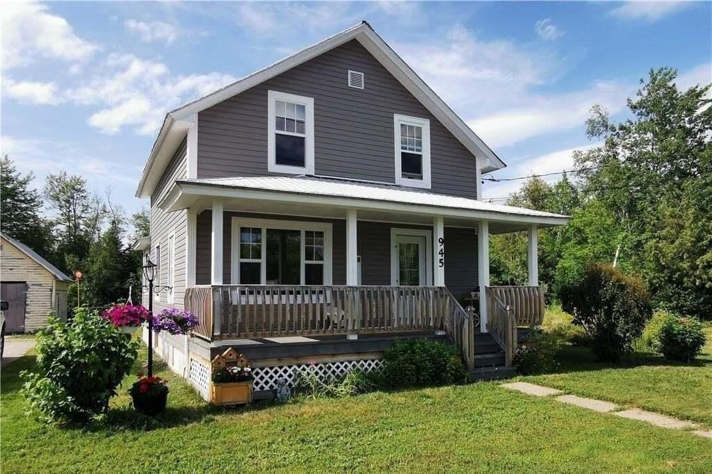 House for sale at 945 Bridge St Bathurst New Brunswick - MLS: NB043959