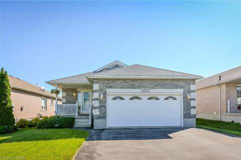 House for sale at 945 Gzowski St Centre Wellington Ontario - MLS: 30809815