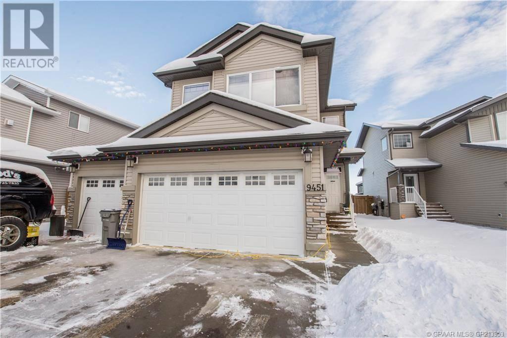House for sale at 9451 Willow Dr Grande Prairie Alberta - MLS: GP213953