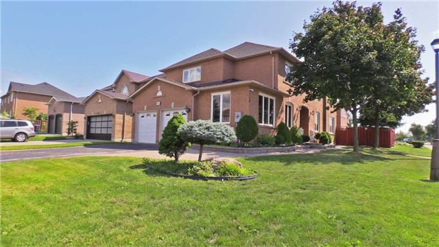 Sold: 946 Blyleven Boulevard, Mississauga, ON