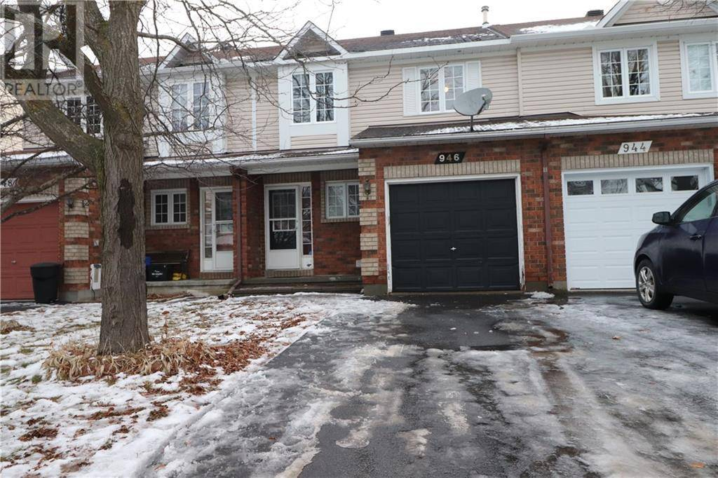Townhouse for sale at 946 Paradise Cres Orleans Ontario - MLS: 1177873