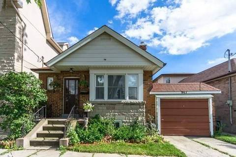 House for sale at 947 Castlefield Ave Toronto Ontario - MLS: W4555083