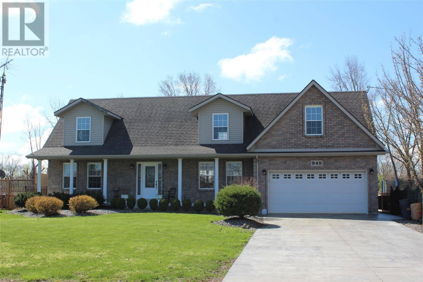 House for sale at 948 Lakeshore Park  Lakeshore Ontario - MLS: 20002656