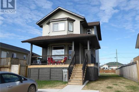 House for sale at 9480 93 Ave Wembley Alberta - MLS: GP205323