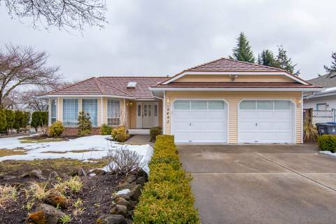 House for sale at 9492 154 St Surrey British Columbia - MLS: R2346431