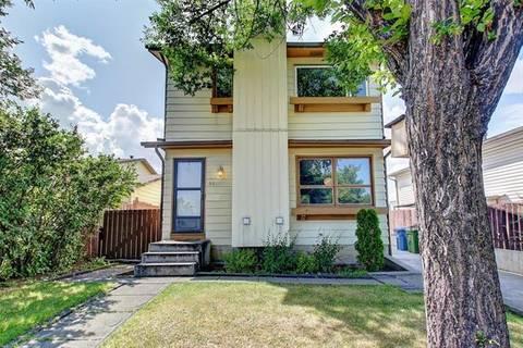 95 Castleglen Road Northeast, Calgary | Image 2