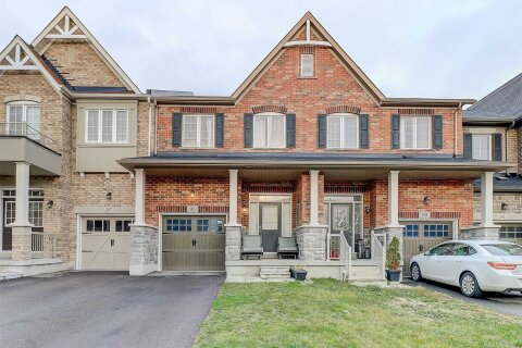Townhouse for rent at 95 Cathedral Dr Whitby Ontario - MLS: E4995069