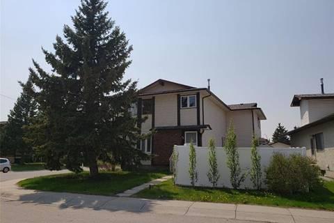 Townhouse for sale at 95 Cedarwood Hill(s) Southwest Calgary Alberta - MLS: C4229448