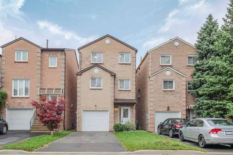 Home for sale at 95 Cottonwood Ct Markham Ontario - MLS: N4384089