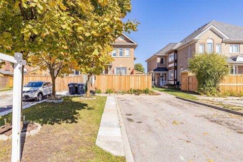 Townhouse for sale at 95 Desert Sand Dr Brampton Ontario - MLS: W5053244