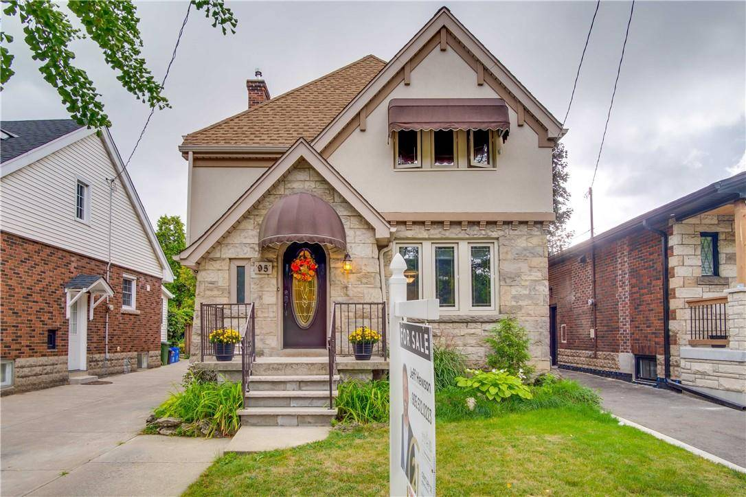 House for sale at 95 Edgemont St S Hamilton Ontario - MLS: H4063174