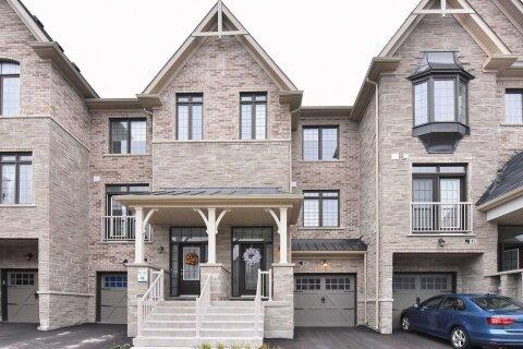 Townhouse for sale at 95 Farooq Blvd Vaughan Ontario - MLS: N5002689