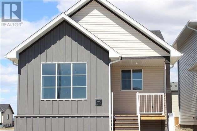 House for sale at 95 Greywolf Rte North Lethbridge Alberta - MLS: LD0189137