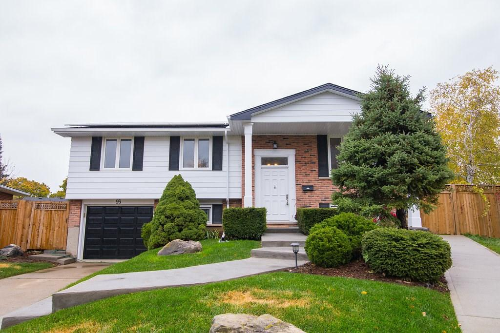 For Sale: 95 Heatherdale Place, Hamilton, ON | 4 Bed, 2 Bath House for $579,000. See 50 photos!