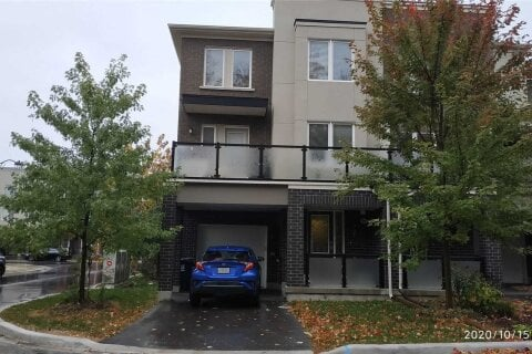 Townhouse for sale at 95 Heron Park Pl Toronto Ontario - MLS: E4981914