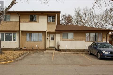 Townhouse for sale at 95 Mackenzie Wy Regina Saskatchewan - MLS: SK799324