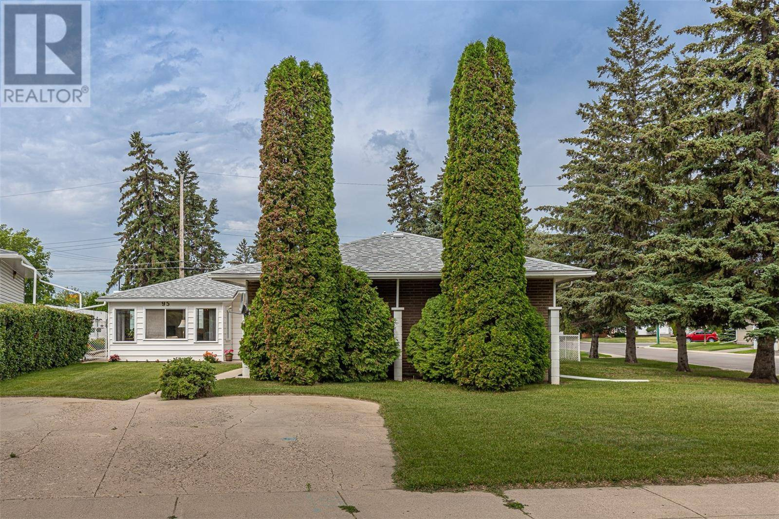 House for sale at 95 O'neil Cres Saskatoon Saskatchewan - MLS: SK779466
