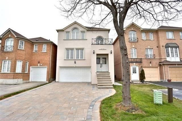 For Sale: 95 Yellowood Circle, Vaughan, ON | 4 Bed, 3 Bath House for $1,119,900. See 20 photos!