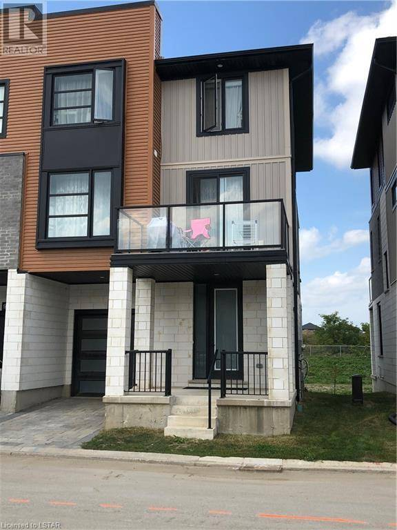 Home for sale at 950 West Village Sq London Ontario - MLS: 220913