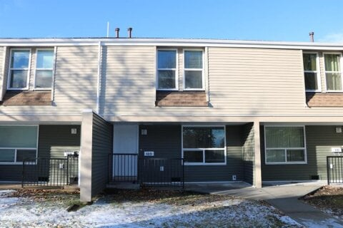 Townhouse for sale at 9501 72 Ave Grande Prairie Alberta - MLS: A1038301