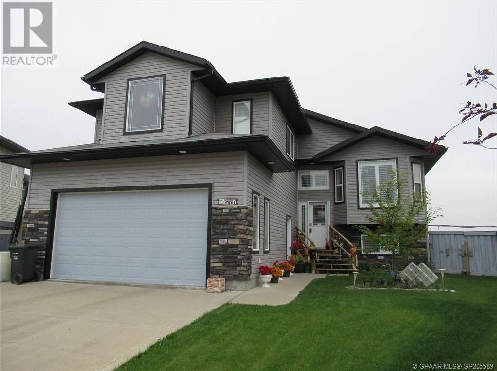 House for sale at 9501 93 Ave Wembley Alberta - MLS: GP205589