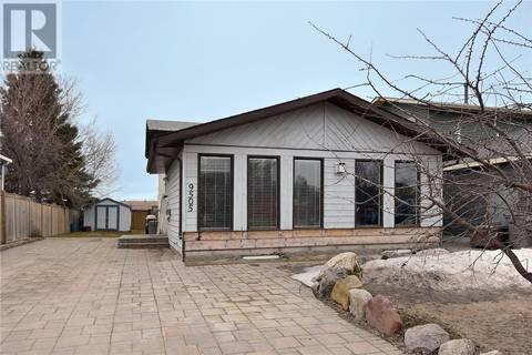 House for sale at 9505 69 Ave Grande Prairie Alberta - MLS: GP204760