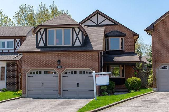 Sold: 951 Gablehurst Crescent, Pickering, ON