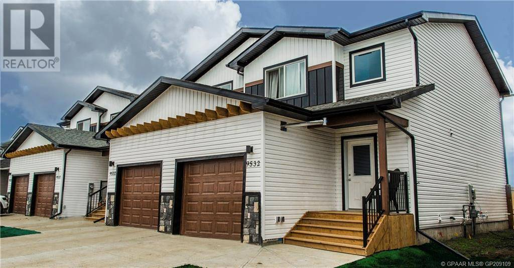 Townhouse for sale at 9516 113  Clairmont Alberta - MLS: GP209109