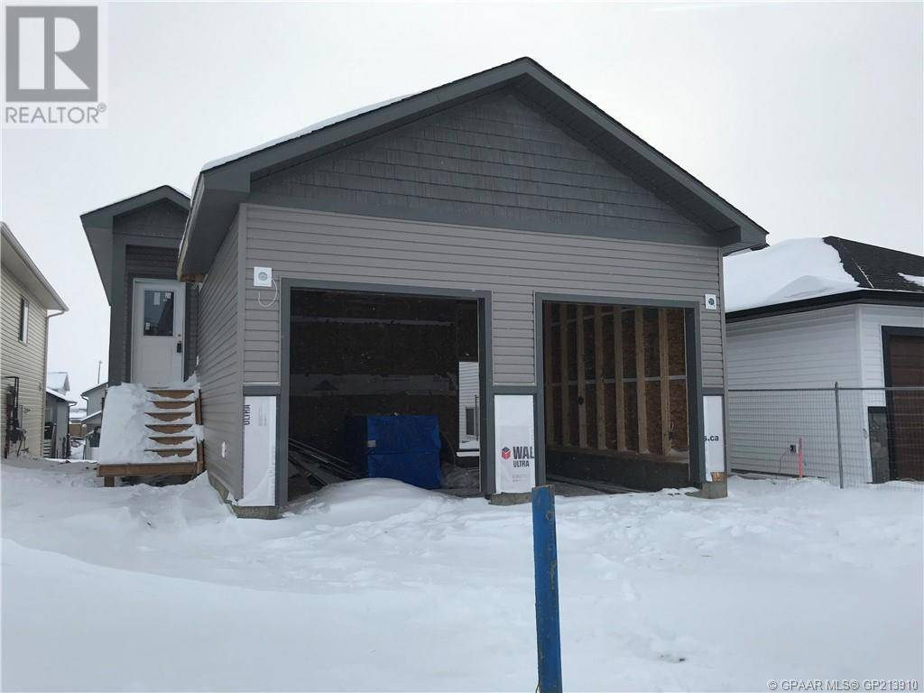 Townhouse for sale at 9517 113 Ave Clairmont Alberta - MLS: GP213910