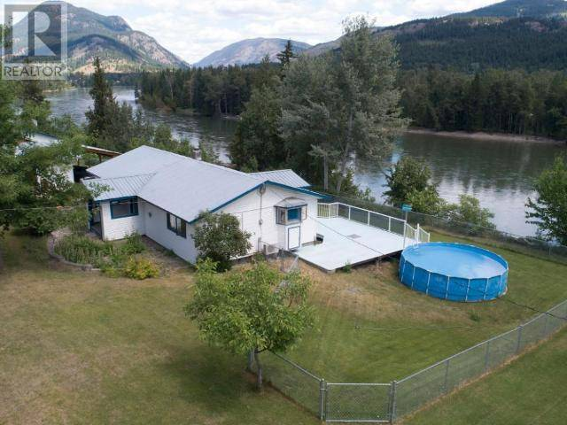 House for sale at 9518 Yellowhead Hy Little Fort British Columbia - MLS: 153664