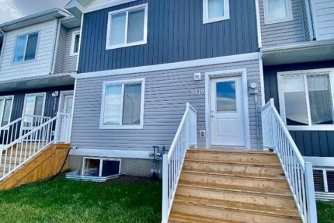 Townhouse for sale at 9519 112 Ave Clairmont Alberta - MLS: A1042088