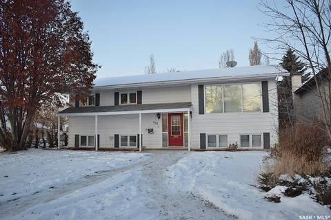 House for sale at 952 1st St E Prince Albert Saskatchewan - MLS: SK796882