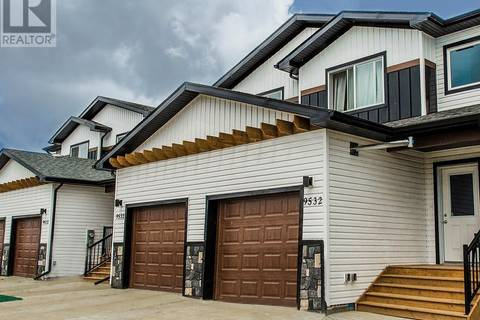 Townhouse for sale at 9524 113 Ce Clairmont Alberta - MLS: GP205278