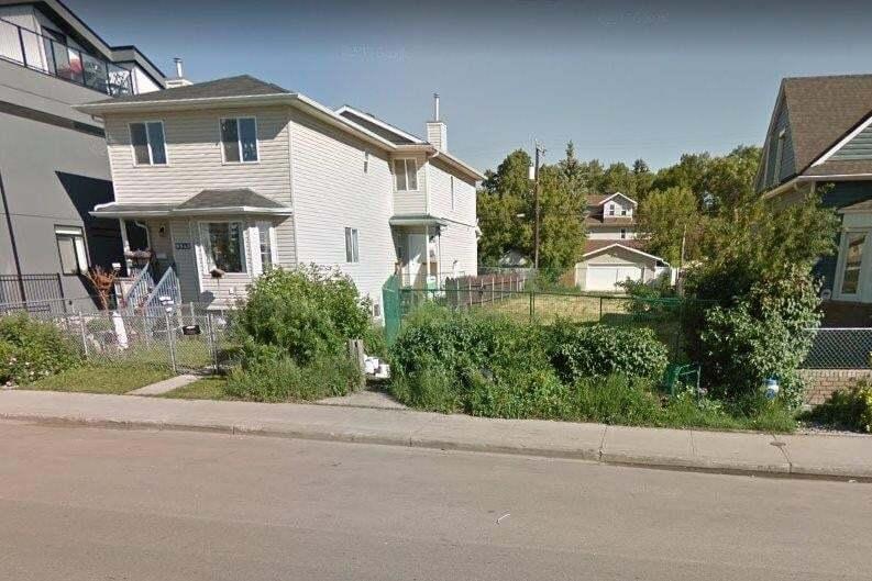 Residential property for sale at 9538 106 Av NW Edmonton Alberta - MLS: E4193188