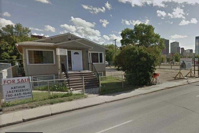 Townhouse for sale at 9547 103a Av NW Edmonton Alberta - MLS: E4214204