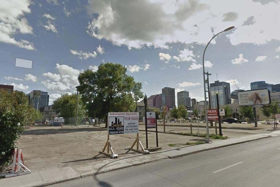 Home for sale at 9551 103a Av NW Edmonton Alberta - MLS: E4186291