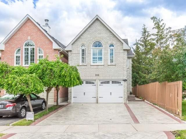 Removed: 958 Binscarth Drive, Mississauga, ON - Removed on 2017-12-06 04:45:29