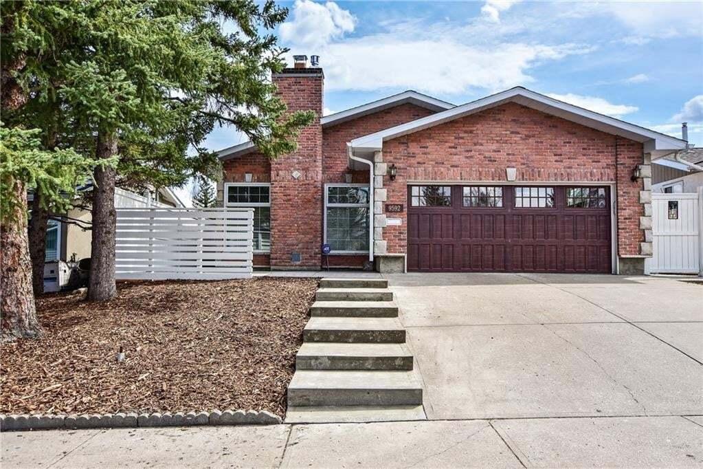 House for sale at 9592 Oakland Rd SW Oakridge, Calgary Alberta - MLS: C4296133