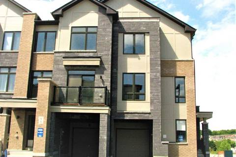 Townhouse for sale at 96 Allure St Newmarket Ontario - MLS: N4519284