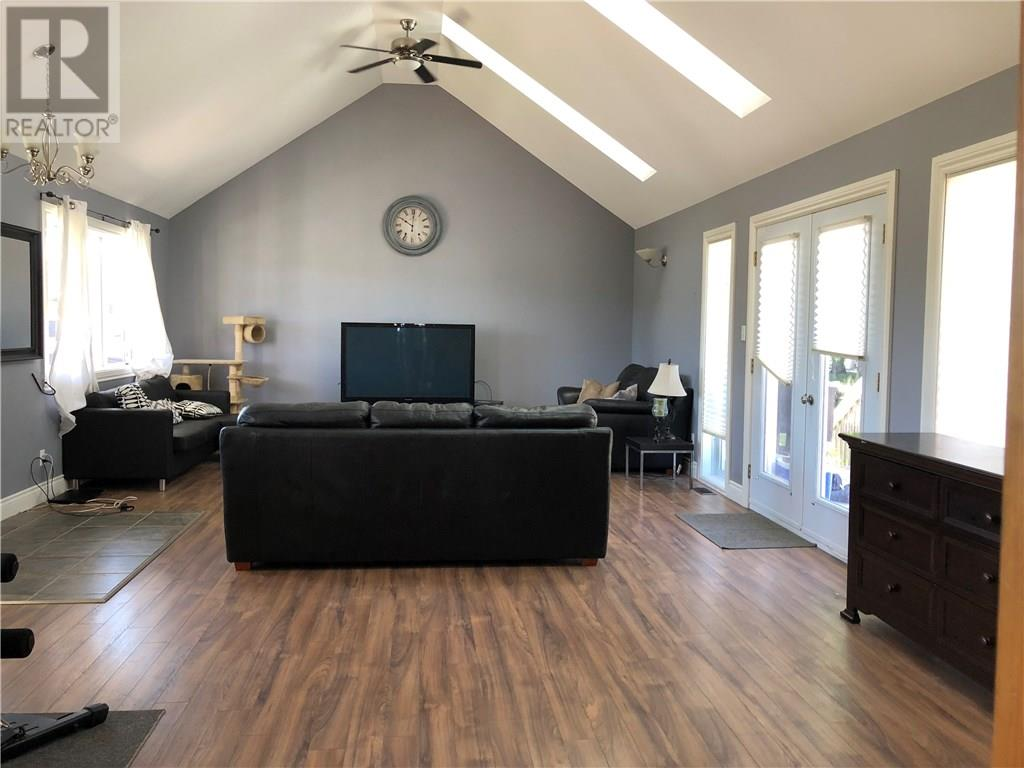 For Sale: 96 Bishop Street South, Alexandria, ON   3 Bed, 2 Bath House for $190,000. See 25 photos!