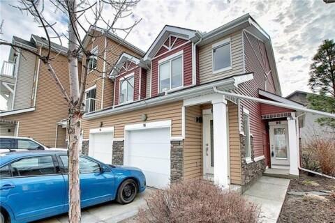 Townhouse for sale at 96 Chaparral Ridge Pk Southeast Calgary Alberta - MLS: C4296864