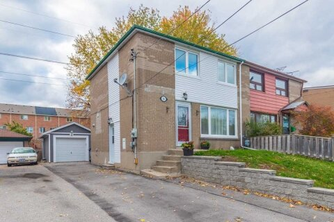 Townhouse for sale at 96 Chestnut Cres Toronto Ontario - MLS: E4969150