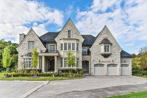 House for sale at 96 Davina Circ Aurora Ontario - MLS: N4684199