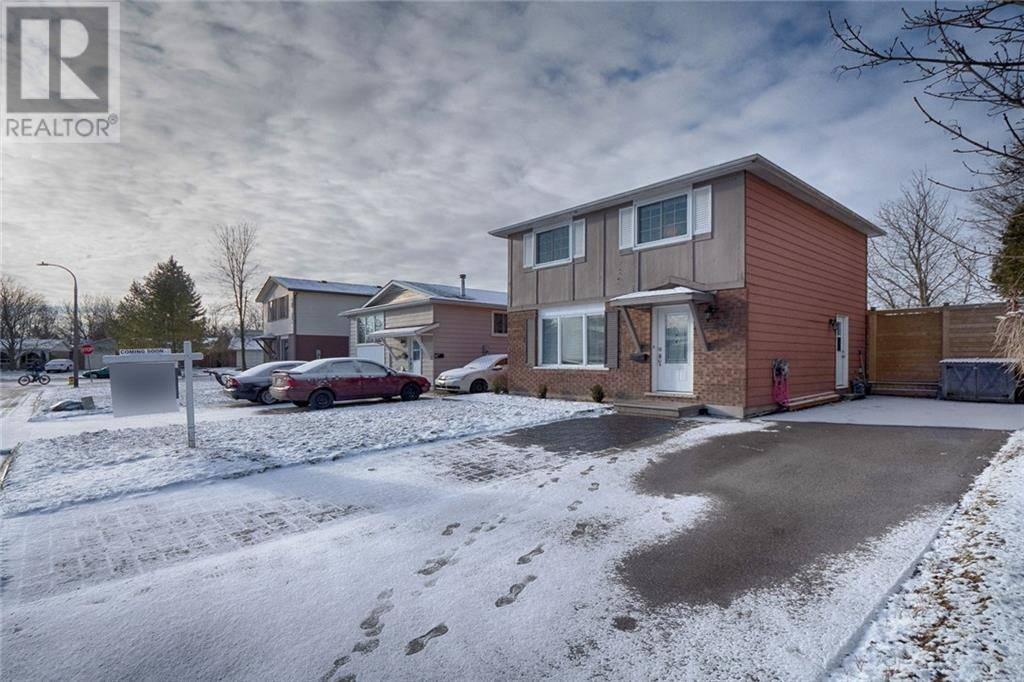 House for sale at 96 Harcourt Cres Kitchener Ontario - MLS: 30786449