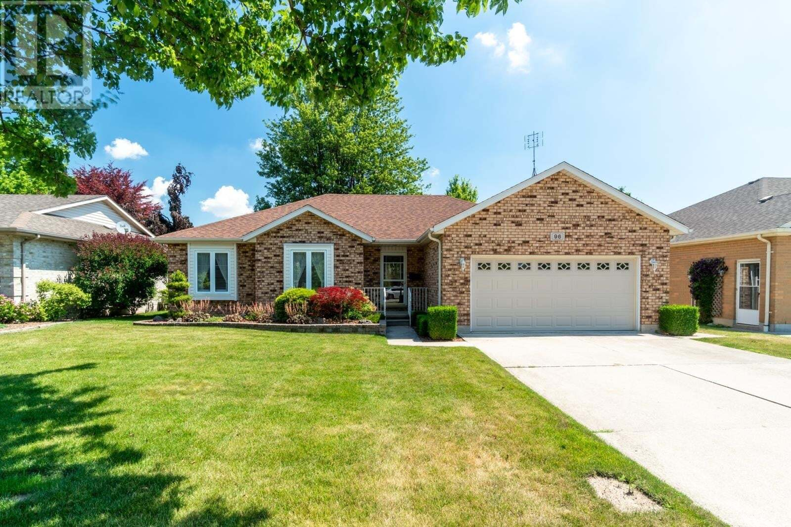 House for sale at 96 London Dr Chatham Ontario - MLS: 20007795