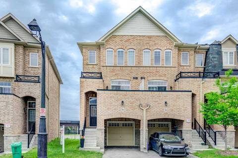 Townhouse for sale at 96 Magdalene Cres Brampton Ontario - MLS: W4472780