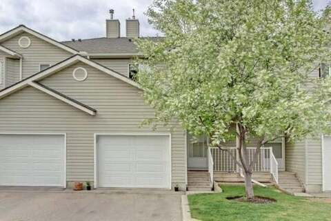 Townhouse for sale at 96 Mt Aberdeen Manr Southeast Calgary Alberta - MLS: C4300254